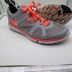 Nike Flex 2014 Run Lightweight Running Shoes W9.5